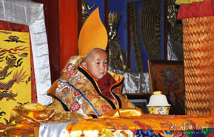 Tây Tạng huyền bí: Hiện tượng 'linh đồng chuyển thế' của các cao tăng