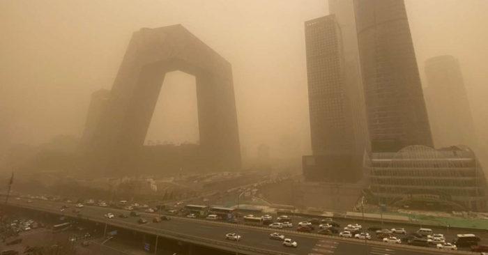 Các hoàng đế thời cổ đại sẽ phản ứng như thế nào khi bão cát ập đến?