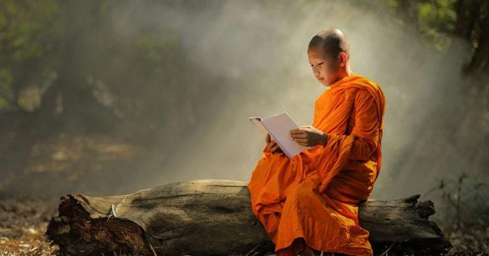 Người tu luyện đọc Kinh Phật, Thiên Thần không gian khác liền đến nghe